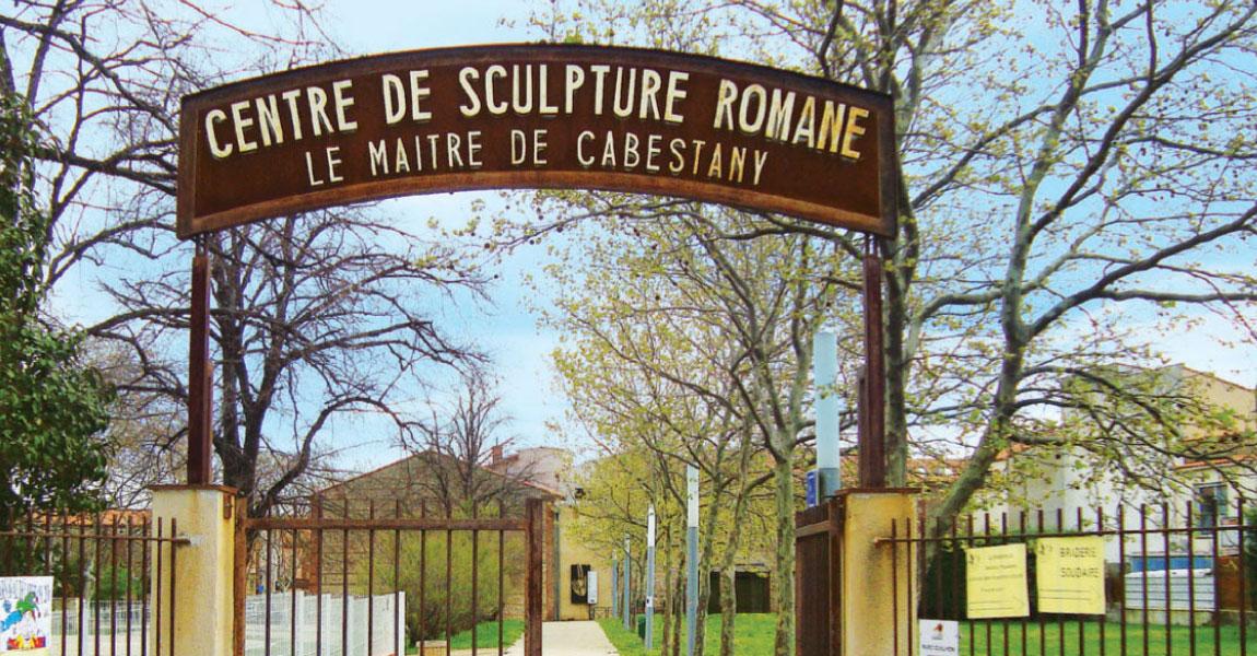 tourisme balade arriere pays plaine cabestany sculpture romane