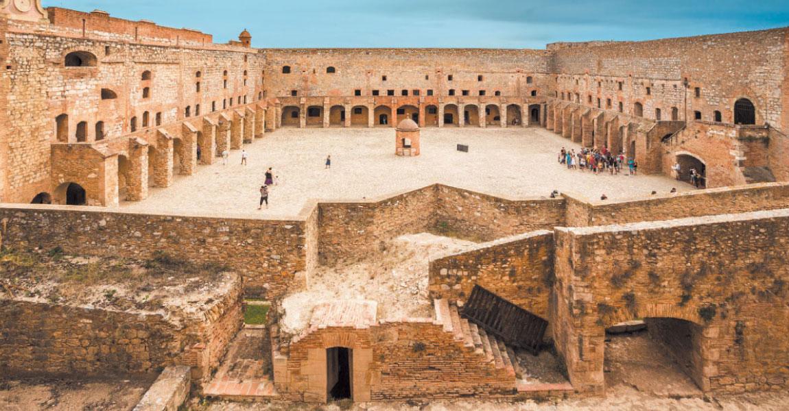 tourisme salanque visite balade salse chateau incontournable